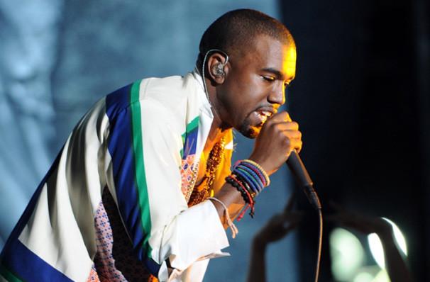 The yeezus tour kanye west td garden boston ma for Kanye west td garden